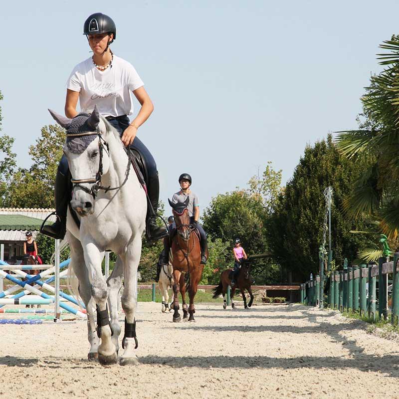 scuola-di-equitazione-belloli-centro-ippico-scuola-ragazzi